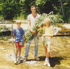 Picking-herbs-with-dad